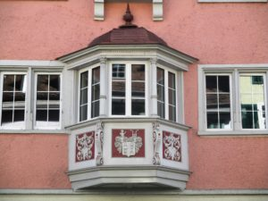 bay window vs garden window